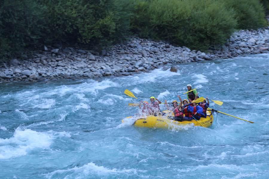 Futaleufu Rafting   Roadtrip Chile und Argentinien   Patagonien Reise   Patagonien Bilder von Rolling Adventure