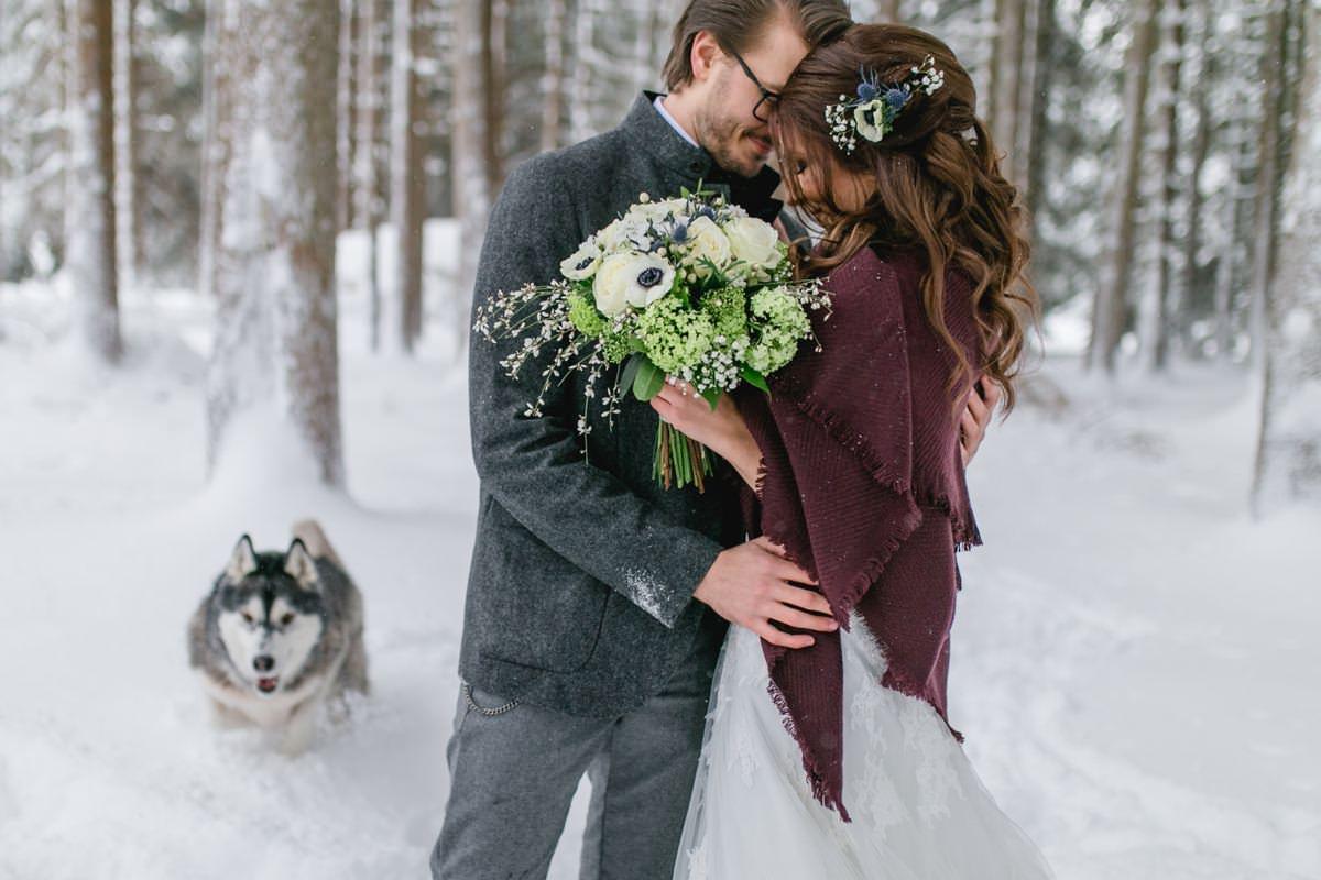 Hochzeitsinspiration Winterhochzeit in Tirol   Winter Wedding in Tyrol Stefanie Reindl Photography