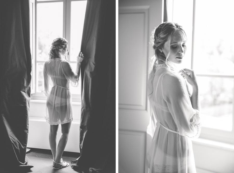 Schöner Morgenmantel für ein Braut Boudoir Shooting by Stefanie Reindl Photography