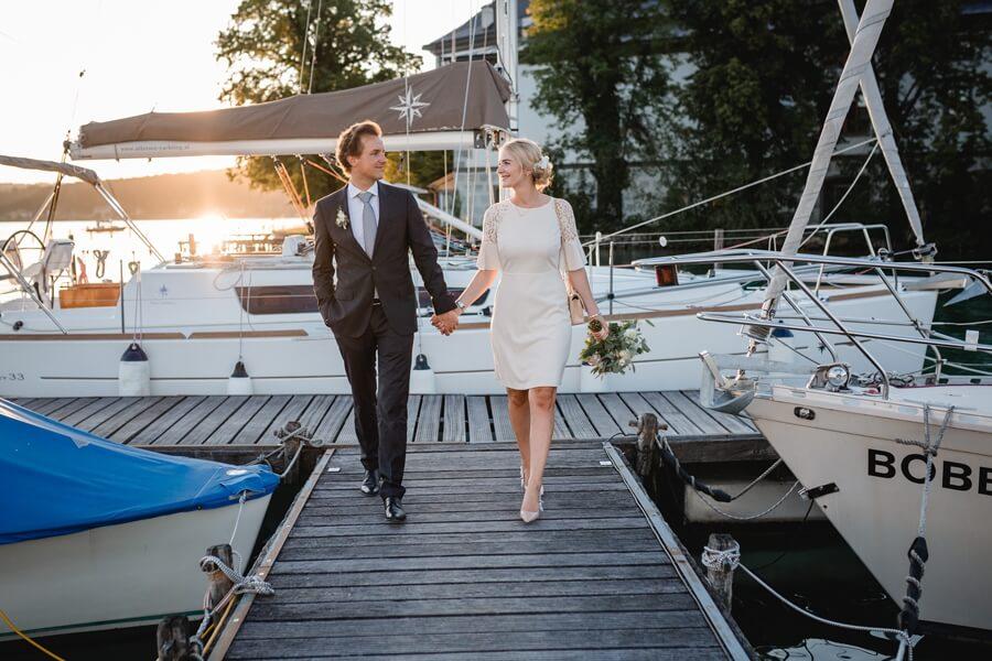 413-Standesamtliche-Hochzeit-Julia-und-Thomas-Schloss-Stefanie-Reindl-Photography
