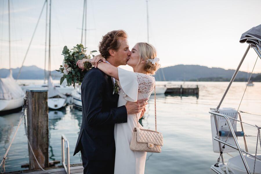 448-Standesamtliche-Hochzeit-Julia-und-Thomas-Schloss-Stefanie-Reindl-Photography