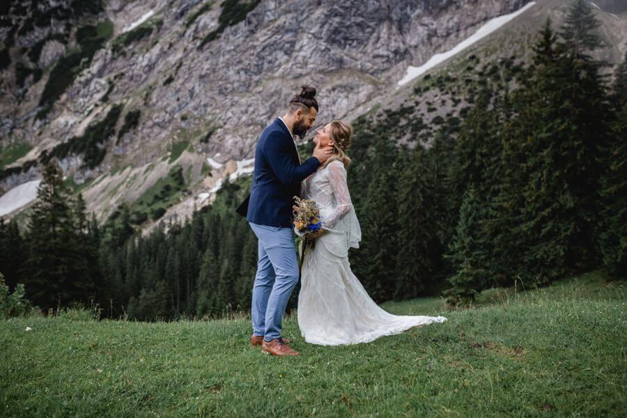 Tipps für eine unvergessliche Boho-Hochzeit in den Bergen - Stefanie Reindl Photography