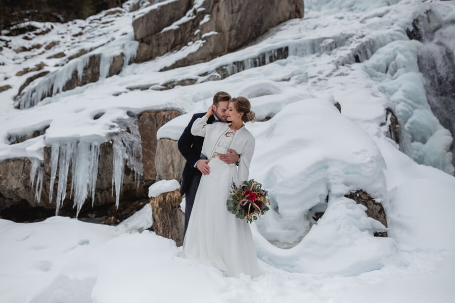 Außergewöhnliche Hochzeitslocation für eine Winterhochzeit - Stefanie Reindl Photography